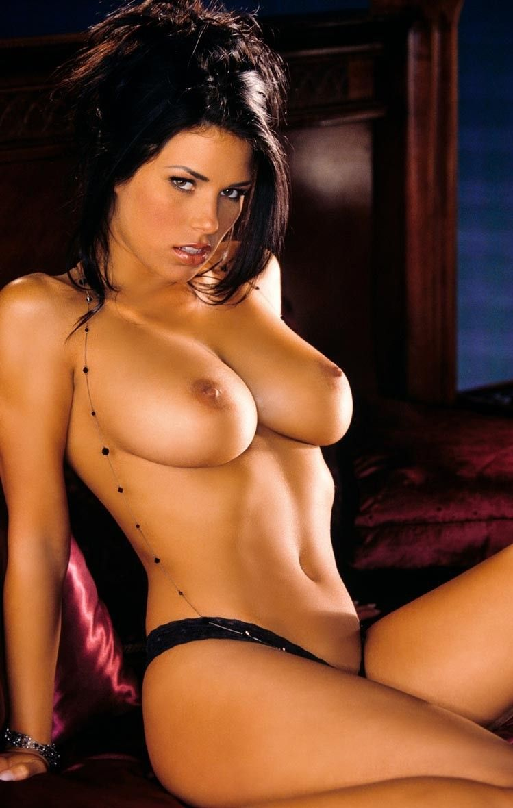 Hot girls brunette